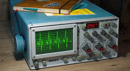 Tektronix 305 DMM 次世代仪器道具制作案例